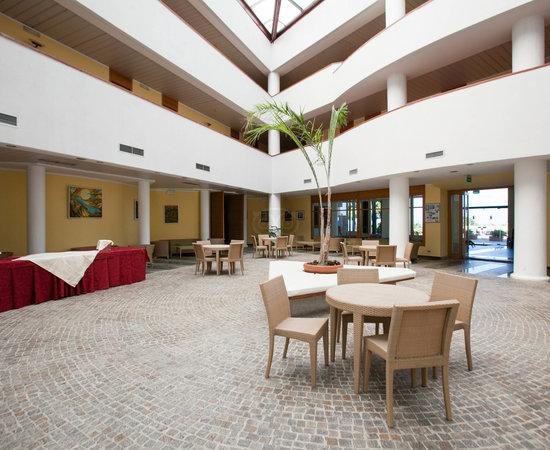 Hotel Villaggio Torre Normanna