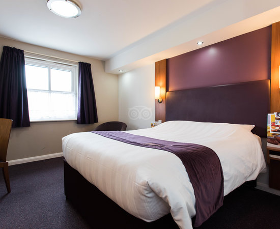 Premier Inn London Twickenham East Hotel