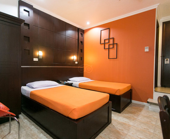 Paladin Hotel