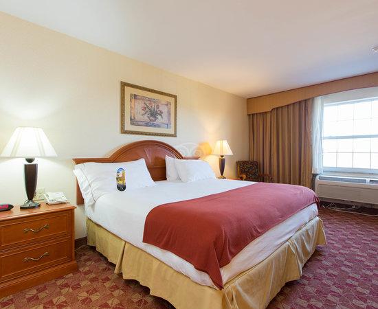 Holiday Inn Express Mystic - Groton Area