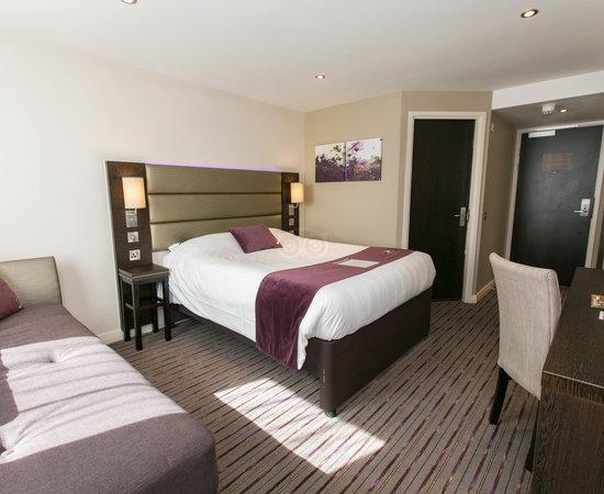 Premier Inn Leeds City (Elland Road) hotel