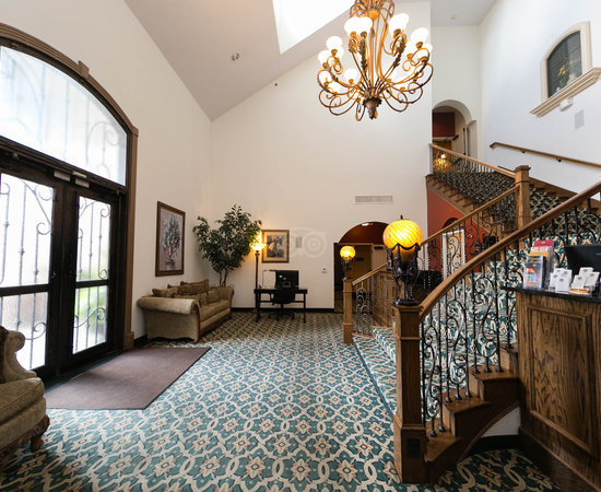 Chateau Avalon Hotel & Spa