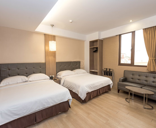 โรงแรมเดอะริเวอร์ไซด์ เฮงชุน