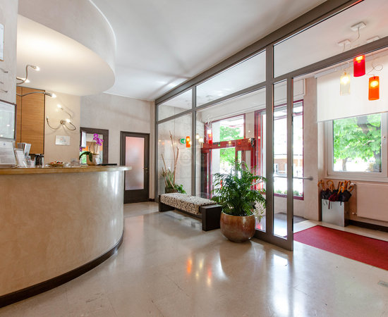 パーク ホテル ムブレ