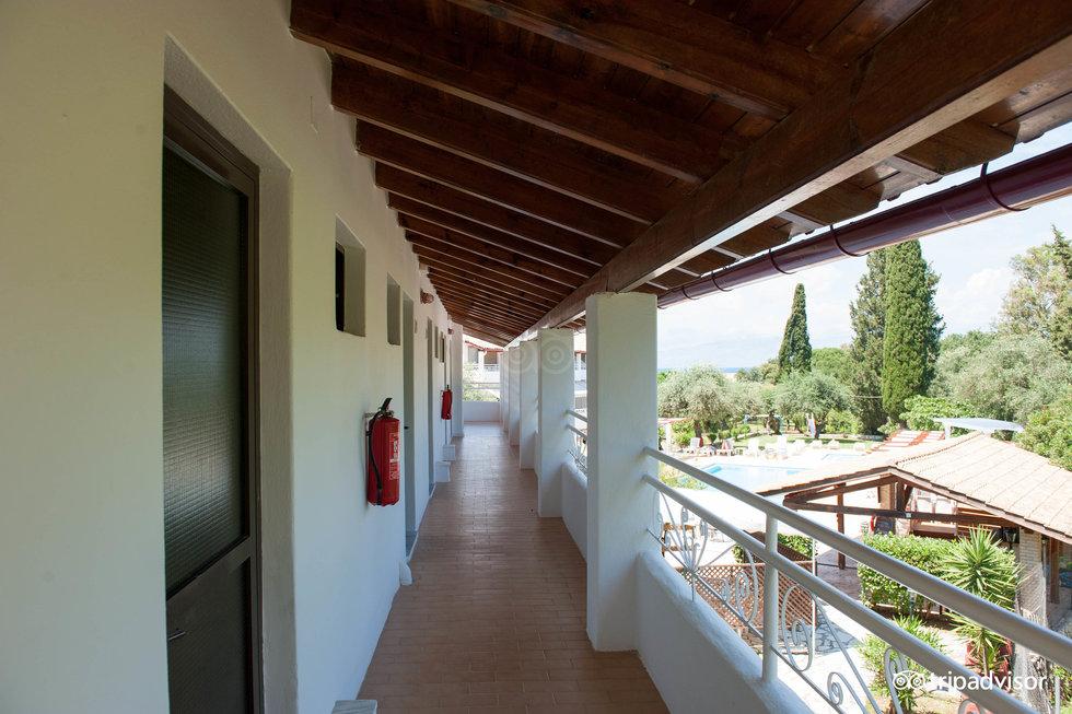 Katia Apartments
