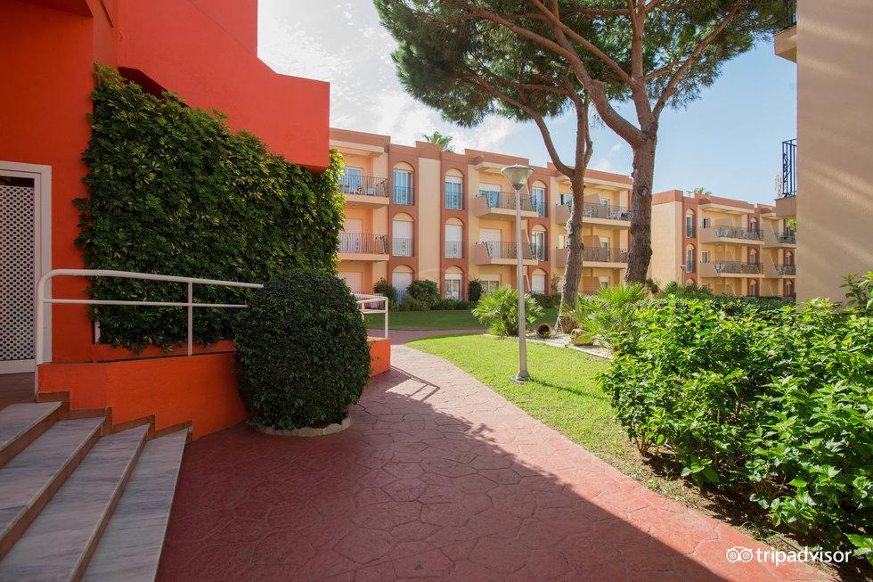 Las Dunas Aparthotel