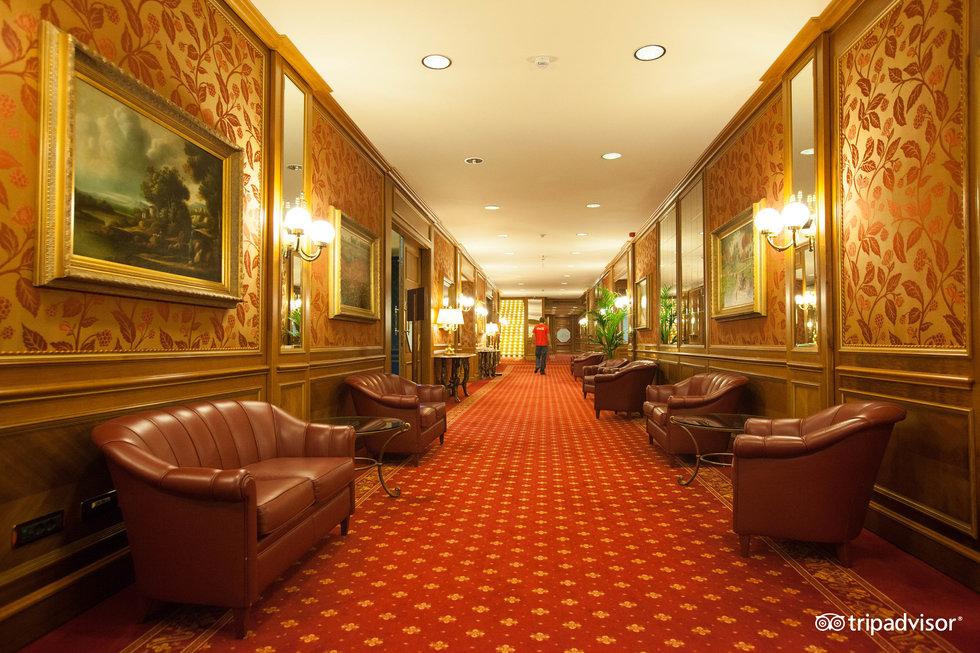 ホテル サンプロン