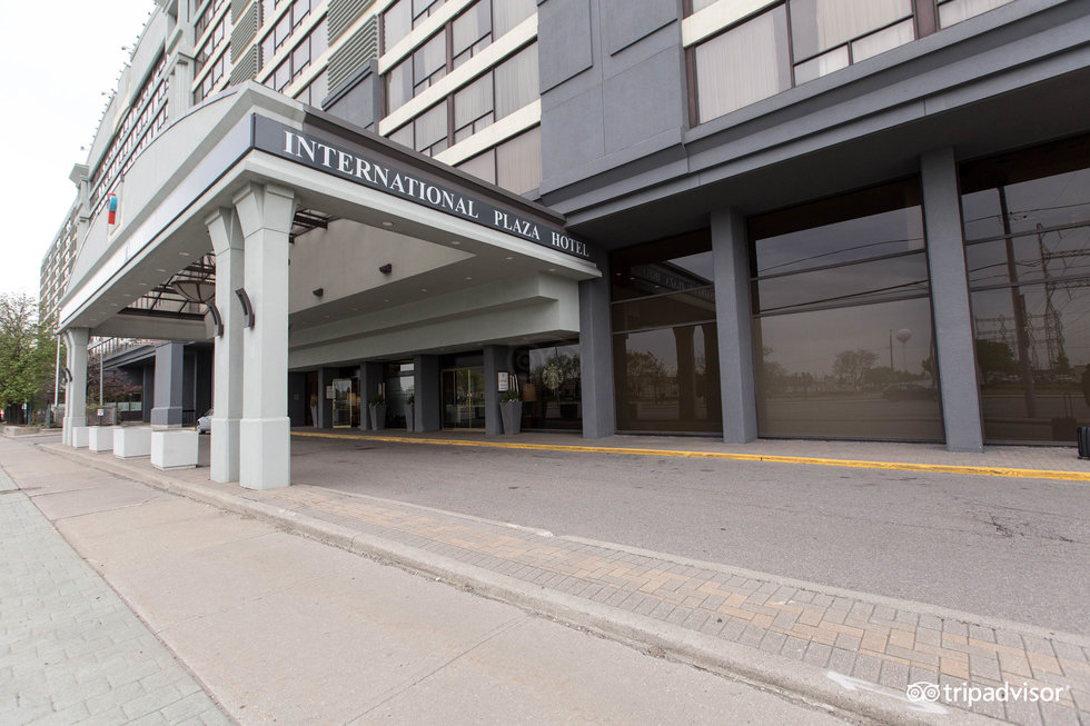 International Plaza Hotel Toronto Airport