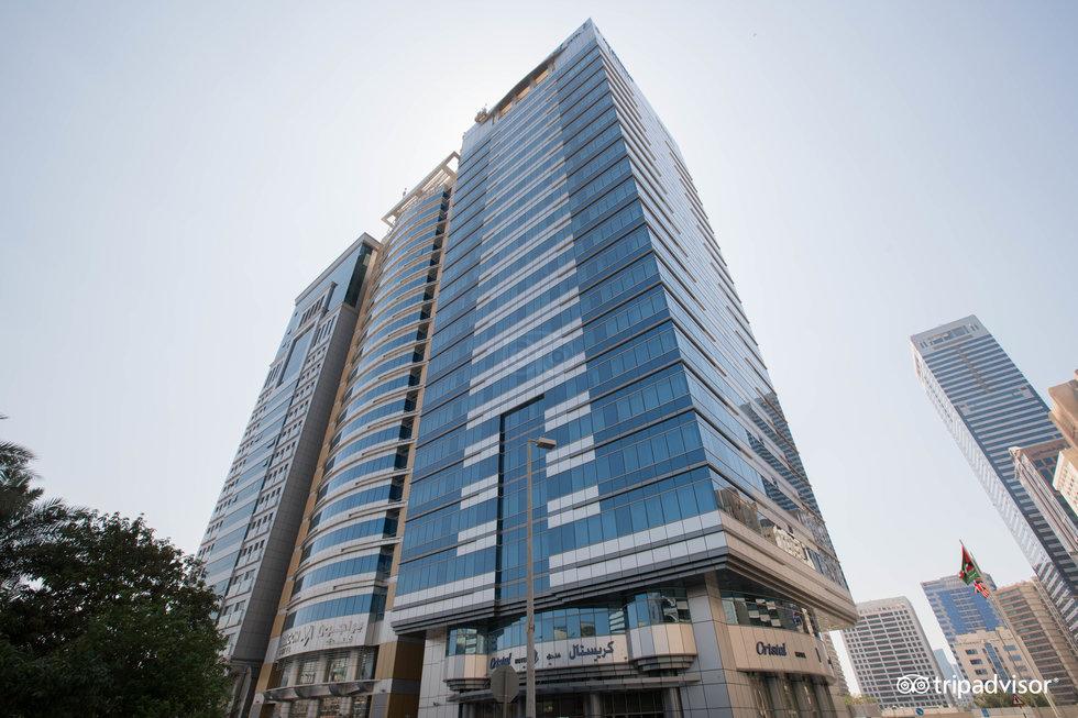 クリスタル ホテル アブダビ