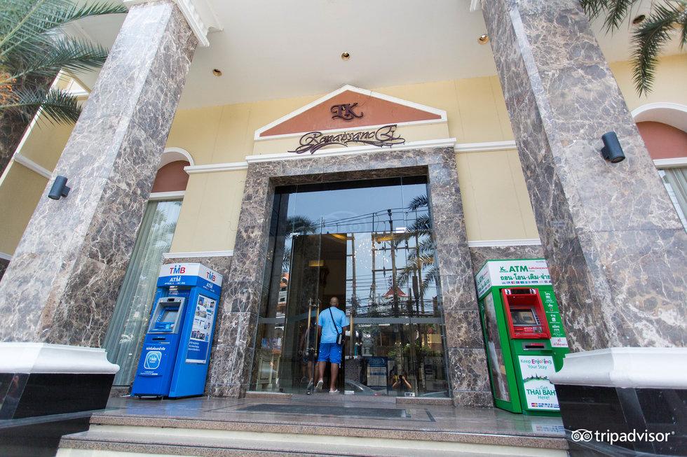 โรงแรมแอลเค เรเนซองส์