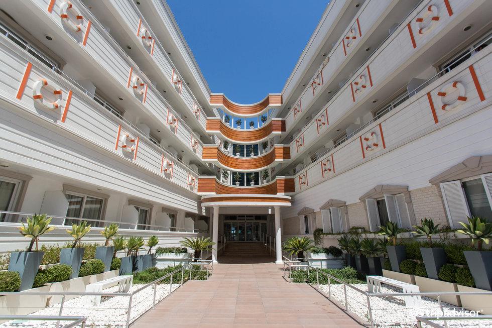 자타마란 리조트 호텔