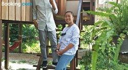 Ruen Khun Mae Homestay