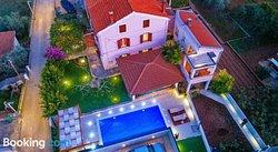 Apartments Guc