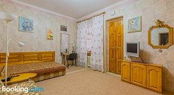 Apartment on Mandarinovaya 10