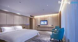 Paco Hotel Baiyun Airport Liantang Metro Station Branch