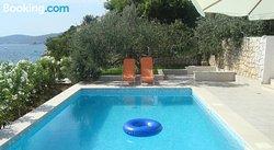 Summer Residence Niana