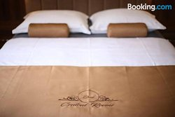 Central Luxury Rooms