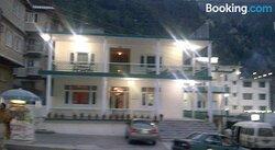 Kunhar Hotel