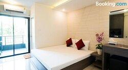 DB Plus Service Apartment 6