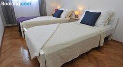 Apartman Mirakul