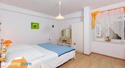 Apartments Villa Dane 3408