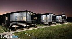 Darlington Point Accommodation Village