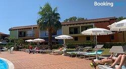 Splendido Appartamento Nel Villaggio Riva Azzurra (Wifi Incluso)