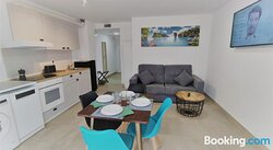 Apartamentos Playa De Covachos
