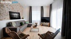 R32 Boutique Apartments