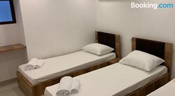 Hostel Re