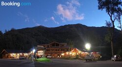 Las Bravas Lodge