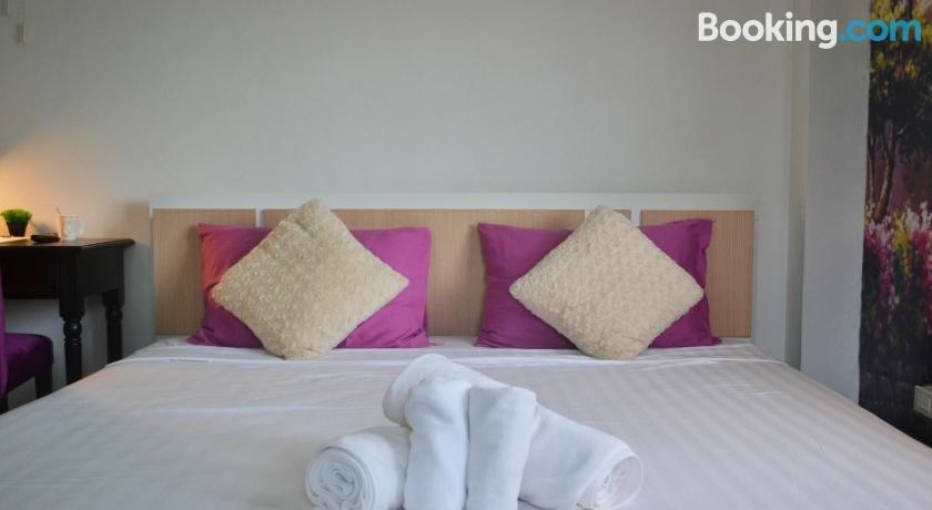普吉島藝術之家酒店