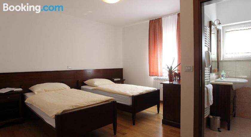 Pod Slavnikom restaurant with accommodation