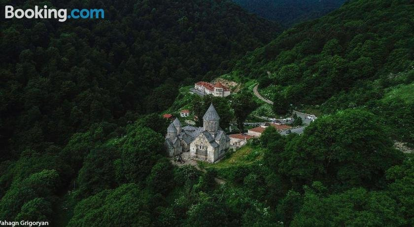 Vanatun Monastery Stay