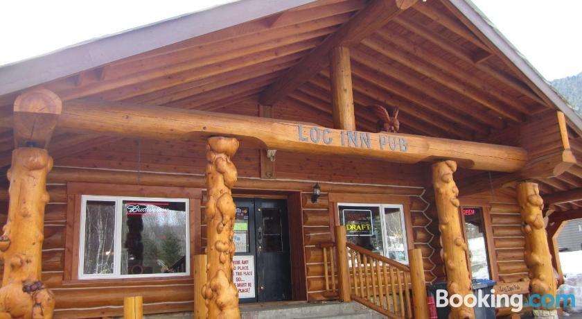 Log Inn & Pub