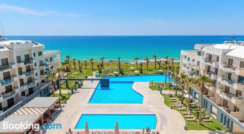 Blue Lagoon Kosher Hotel