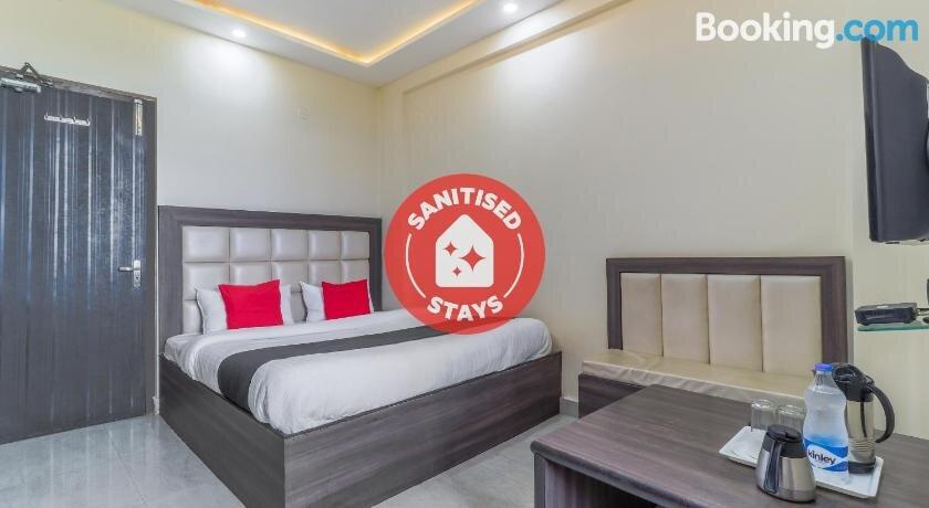 Capital O 46772 Hotel Mahadeva Regency