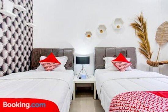 Ảnh về OYO 90124 Oemah Ratu Hostel Syariah - Ảnh về Bandar Lampung - Tripadvisor