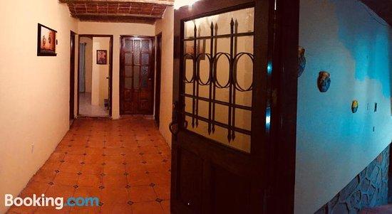 Hostal Casa De Cervantes
