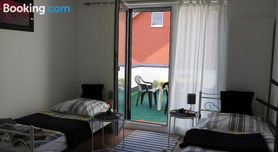 Rooms In Dusseldorf Near The Airport/Fair