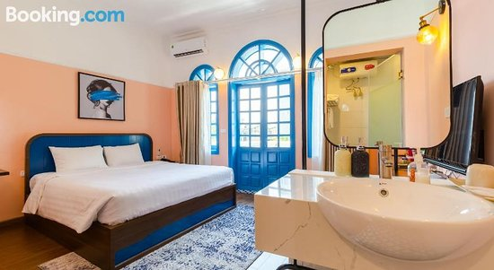 The Poppy Villa & Hotel