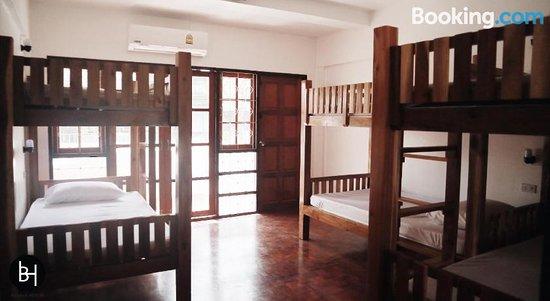 Baan64 Hostel