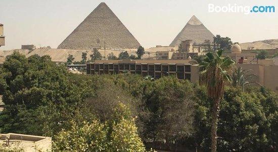 H10 Pyramids View