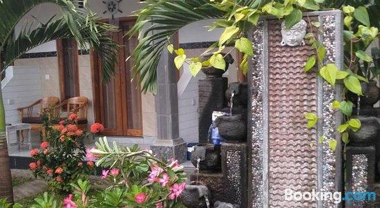 Suka Guesthouse