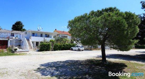 Apartments Brankica