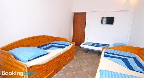 Apartments Ivan 65