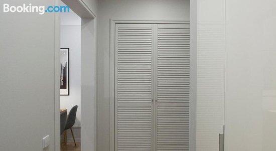 "Apartamenty ""Pisatel'Skii Dom"""