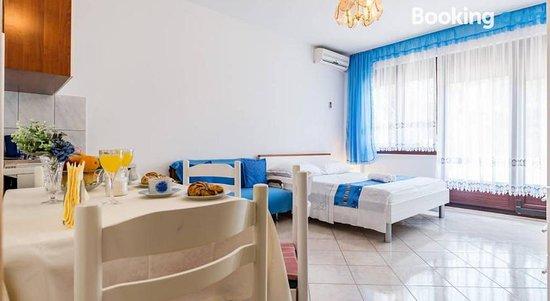 Apartments Silvi