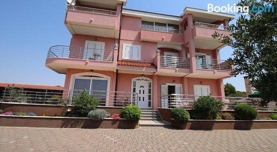 Apartments Marinic