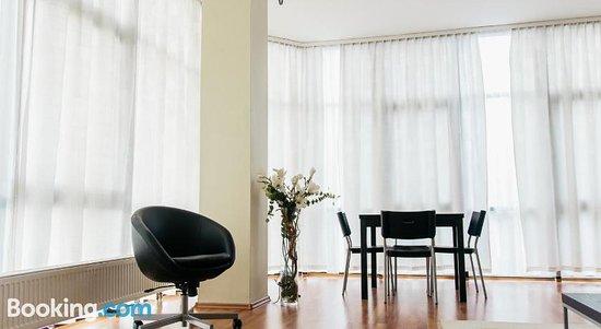 """Apartamenty """"Lofty W Piecowni"""""""